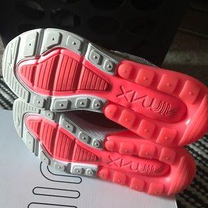 Nike Shoes - Nike AirMax 270 Gold